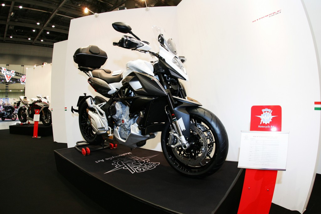 mv agusta japan booth - 04 のコピー