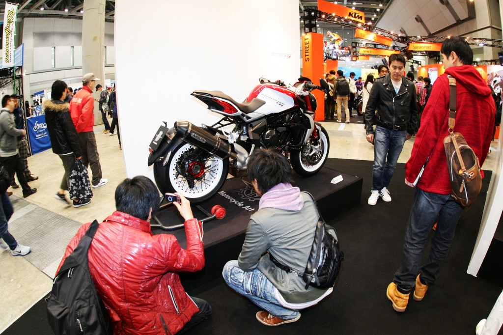 mv agusta japan booth - 09 のコピー